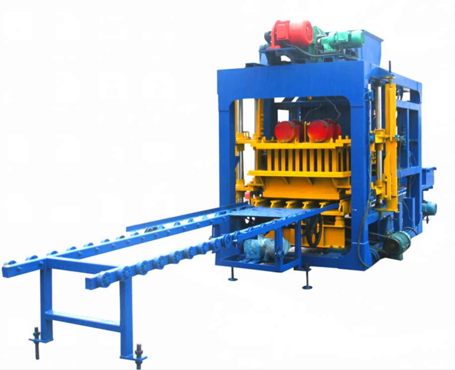 QT4-25 Automatic cement block machine Featured Image